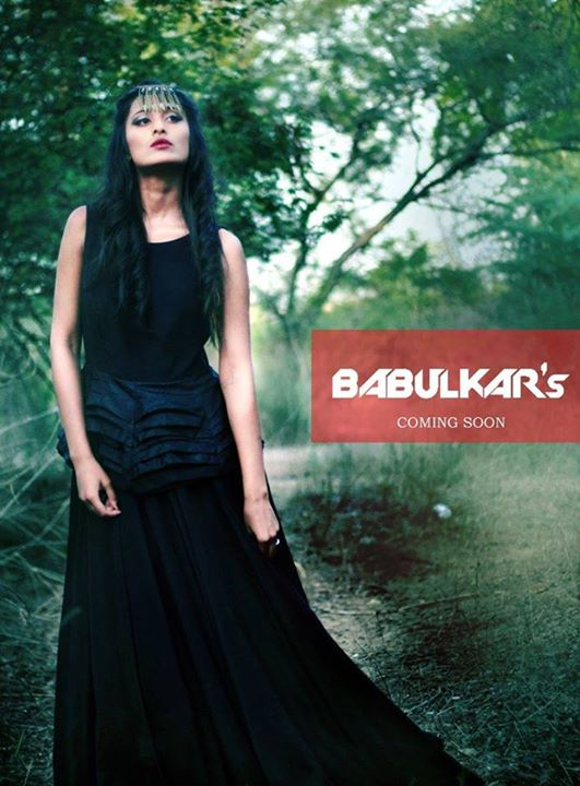 A contemporary, new age concept - designs are very edgy, bold and belongs to the women of new era.  Have a look at them at Babulkar's at Weekend Window on 31st oct & 1st nov, from 4pm to midnight at Kabir Farms, Vadodara.  Cheers! Stay Creative! Team WW