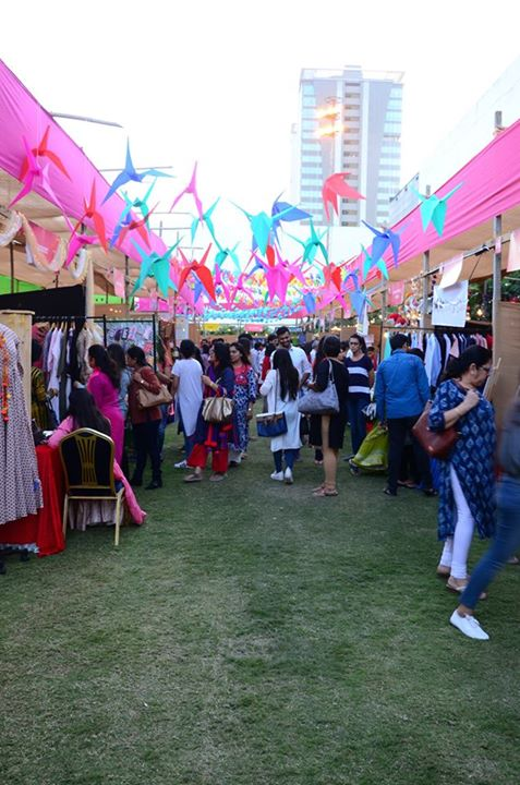 Weekend Window,  weekendwindowXI, summertimes, ahmedabad, carnival, biggerandbetter, food, shopping, activities, summer2017, fleamarket, explore, indulge, seeyouthere