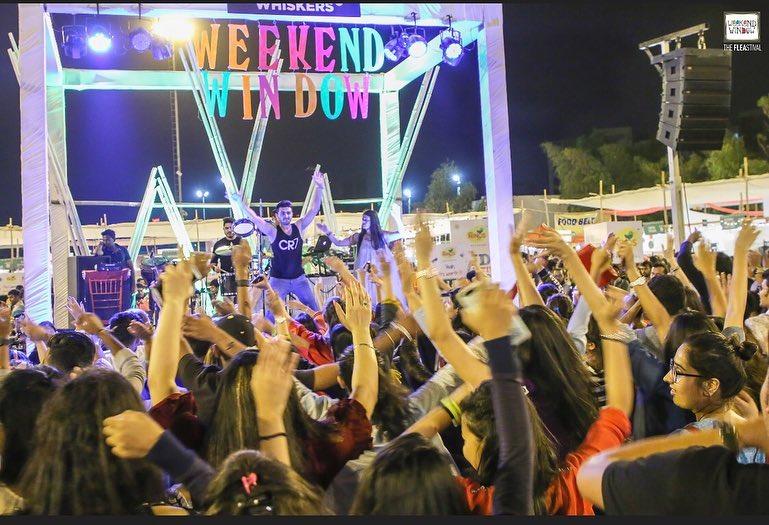 Weekend Window,  weekendwindow, theFLEAstival, happiness, workshop, fun, highonenergy