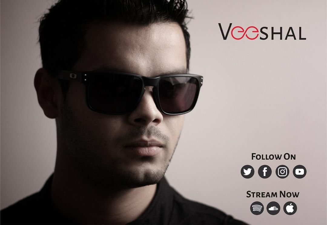 Weekend Window's very own Artist @itsmeveeshal - Veeshal's new releases are out and making charts!! Find him on YouTube - https://bit.ly/2T2B8Ji SoundCloud - http://bit.ly/2OAGU6k  For updates, follow him here👇 Fb - http://bit.ly/2yv7H8W Insta - http://bit.ly/2OyBhW4  Show your love♥️ to our most favourite Artist!😍
