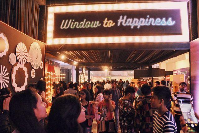 Weekend Window,  windowtohappiness,, prediwaliedit, twoweekends, happyvibes, shop, explore, indulge, fleashopping, festive, ww, diwali, flea